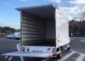 Lichte vrachtwagen huren